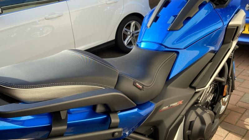 seat01.jpg
